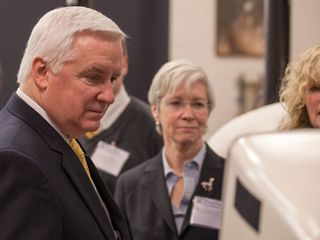 Governor Corbett Visiting University of Pennsylvania School of Veterinary Medicine
